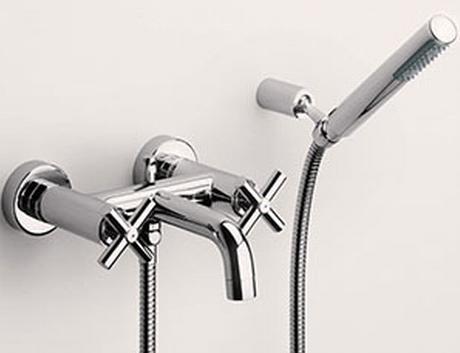 ROCA\lLoft Смеситель для ванны с душевой группой.